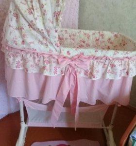 Кроватка для мало габаритных квартир