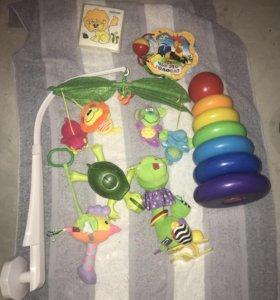 Игрушки развивающие для малышей пакетом