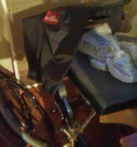 Инвалидное кресло. Новое, евро.