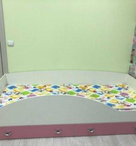 Кровать для девочки с анатомическим матрасом