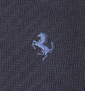 Итальянский галстук Ferrari