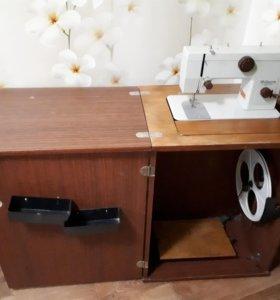 """Швейная машинка """"чайка 134"""""""