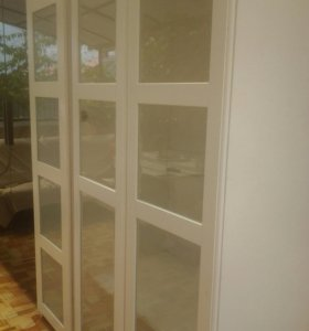Шкаф для одежды икеа Пакс с двумя дверями белый в