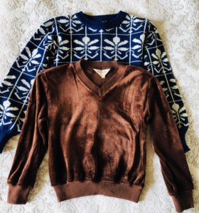 Два свитера ,акриловый и велюровый