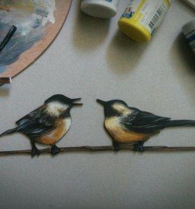 Роспись птиц на деревянной основе