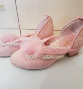 Туфли Авроры.
