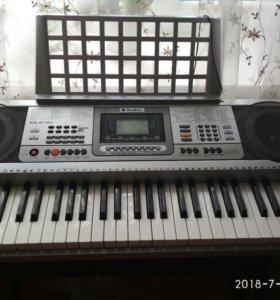 Электронный синтезатор TESLER KB-6190+подставка