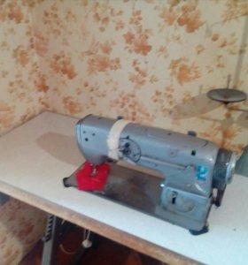 Производственная швейная машинкаTextima