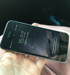 iPhone SE 32 gb (торг)