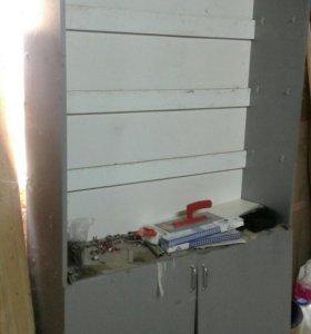 Выставочный шкаф