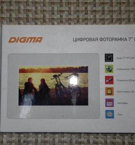 "Цифровая фоторамка Digma 7""PF-733"