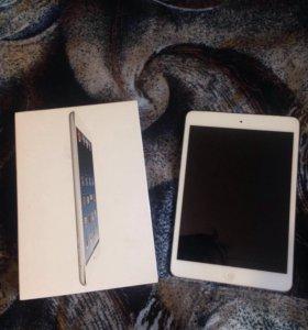 iPad mini продам