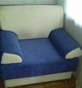 Кресло с ящиком