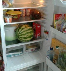 Холодильник Indesit SB150-2.027