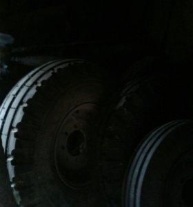 Колеса на тракторную телегу