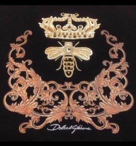 Dolce Gabbana Louis Vuitton Versace Gucci Prada