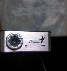 Продам Веб-камеру Genius iSlim-330
