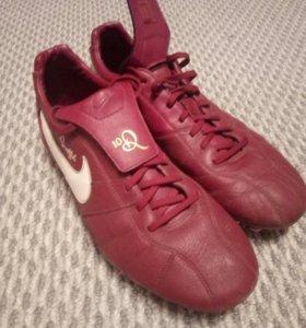 Бутсы Nike R10