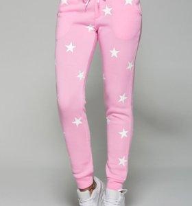 Розовые штаны modno