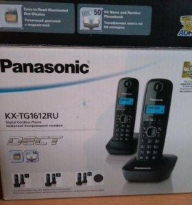 Panasonic DECT (две трубки)