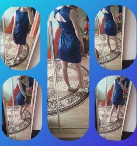 Платье на выход с открытой спиной