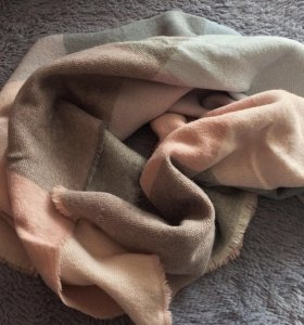 Тёплый , зимний шарф