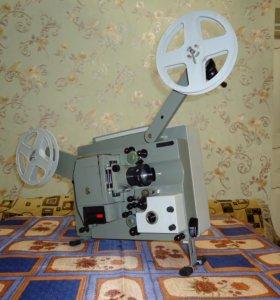 Кинопроектор Радуга-2