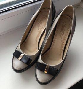 Туфли женские 36 размера