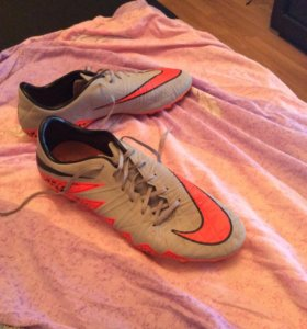 Nike - HYPER VENOM 41-размер