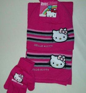 Комплекты новые шапка-перчатки-шарф
