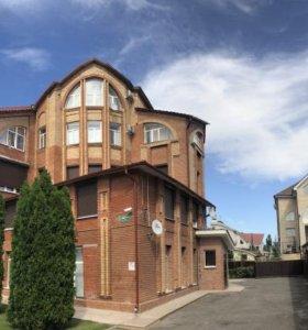 Квартира, 4 комнаты, 190 м²