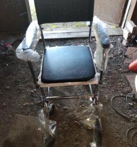 Кресло-каталка Meyra 2.176 с туалетным устройством