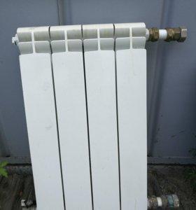 Радиатор отопления (4 секции )б/у