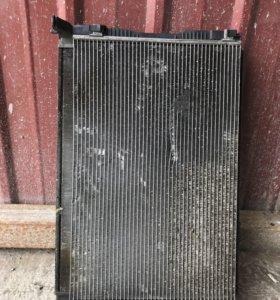 Радиатор Ниссан кашкай