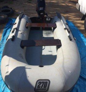 Лодка с мотором TOHATSU 5 л/ш