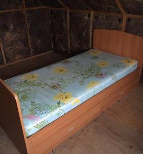 Кровать с ящиками с матрасом