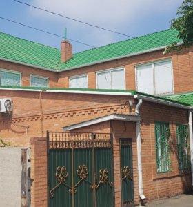 Дом, 446 м²