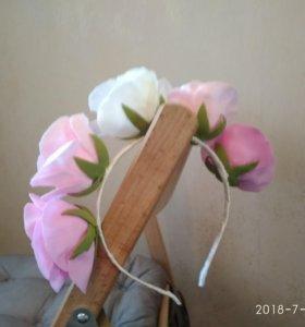 Ободок из фоамирана в составе розы