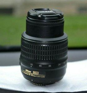 Объектив Nikon 18-55mm f/3.5-5.6G AF-S VR DX