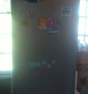 Холодильник Indesit IBF181S