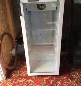 Холодильник Стекло