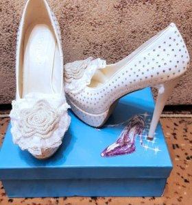 Туфли на свадьбу или торжество