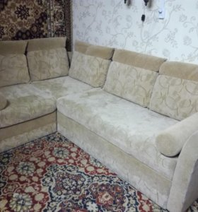 Угловой разборный диван