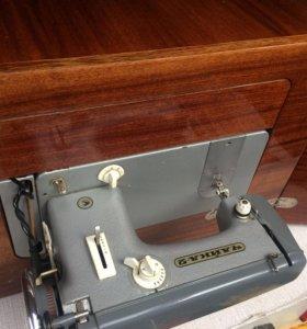 Швейная машинка «Чайка»