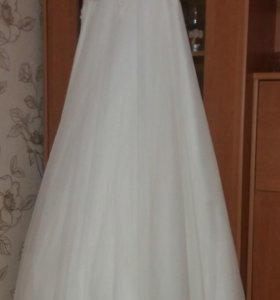 Свадебное платье, размер 46.