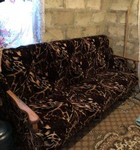 Комплект мягкой мебели б/у