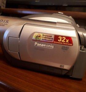 Видеокамера PANASONIC VDR- D220