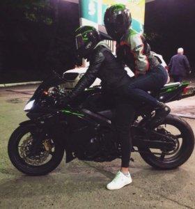 Мотокуртка кожа дайнес жен