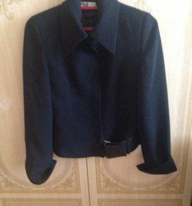 Пиджак для девочки. Размер 34