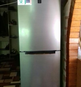 холодильник(Total NoFrost)